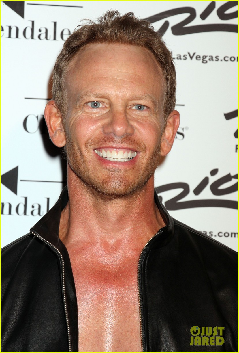 ian ziering shirtless chippendales 25