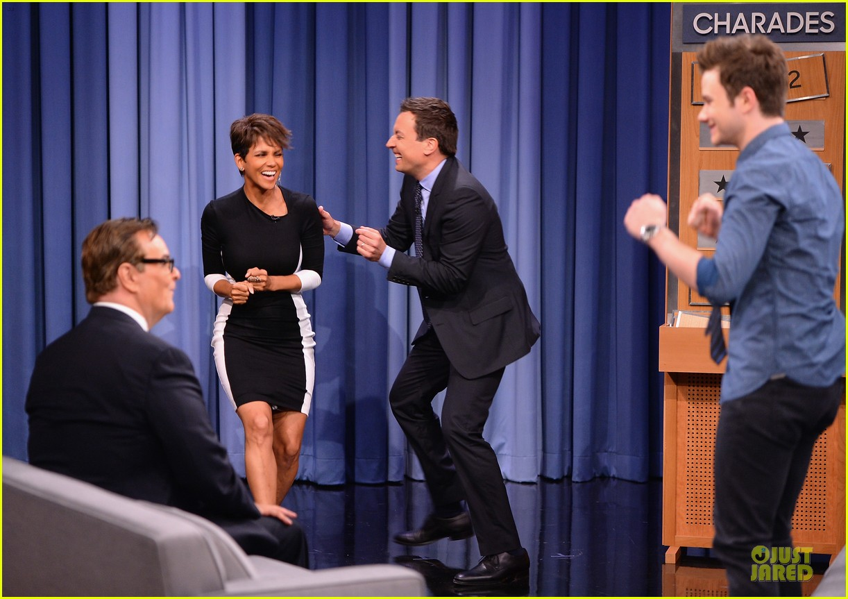 halle berry animated for charades on tonight 08