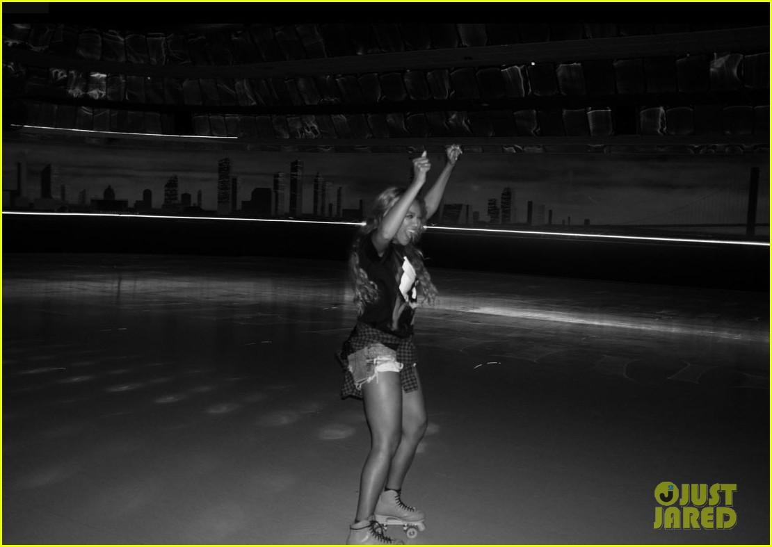 Roller skating houston - Beyonce Recreates Blow Music Video At Houston Roller Rink