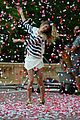 gisele bundchen showered with rose petals 01