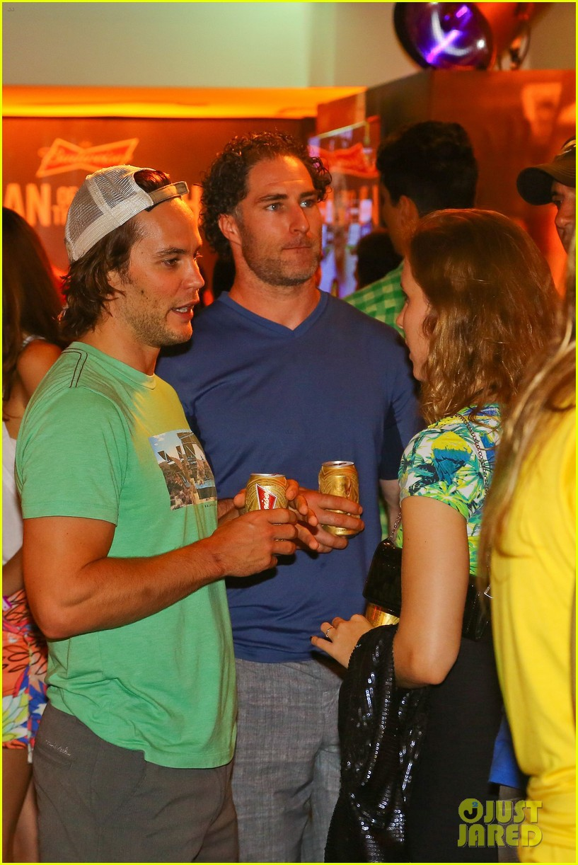 gerard butler taylor kitsch watch brazils massive defeat against germany 12