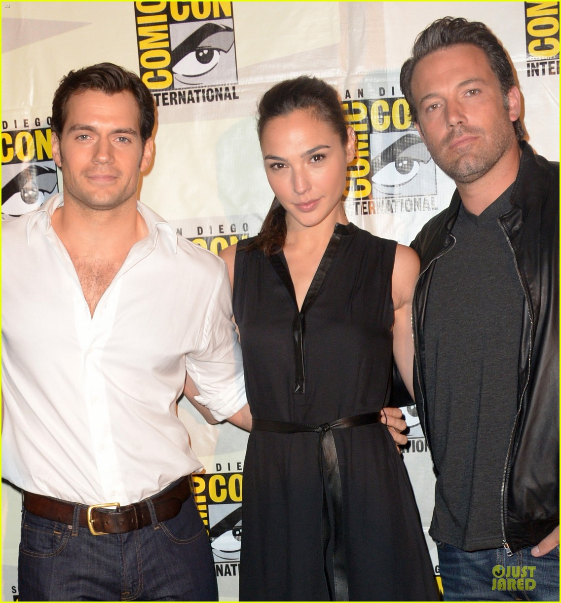 henry cavill ben affleck surprise comic con appearance 023164476