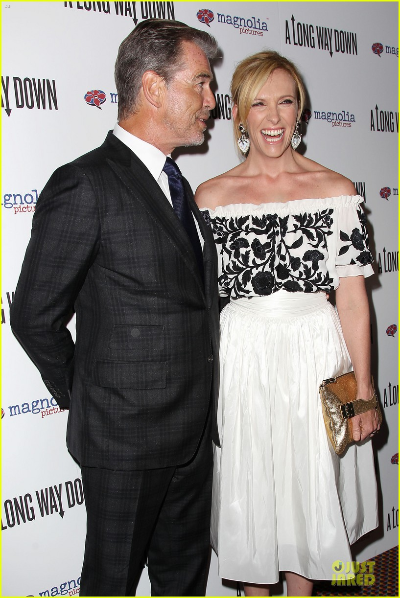 toni collette pierce brosnan long way down premiere 023147343