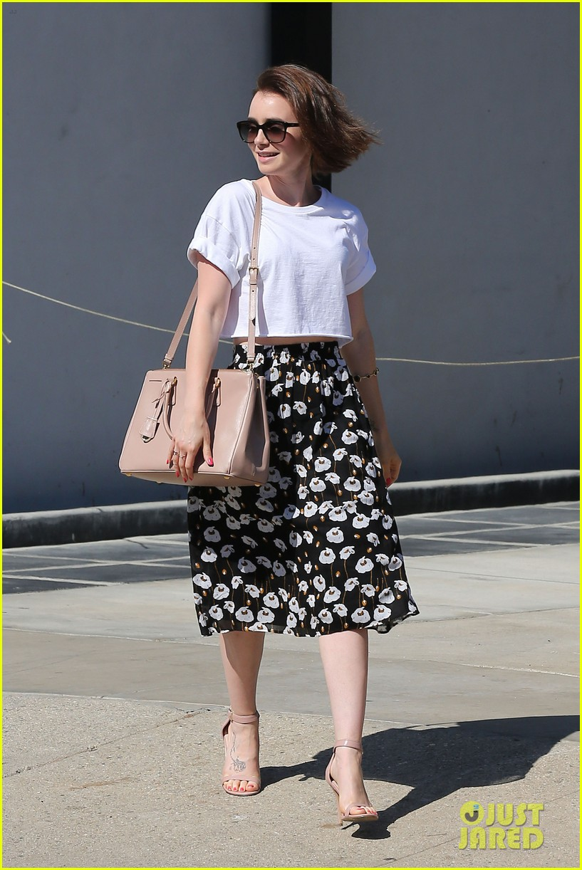 lily collins salon stop before holiday 123149246