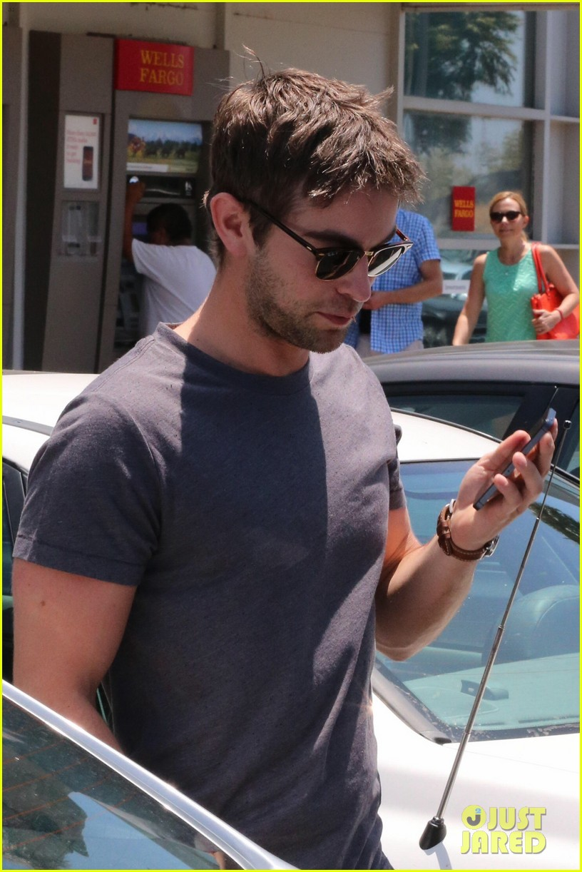 chace crawford looking hot fourth of july 02
