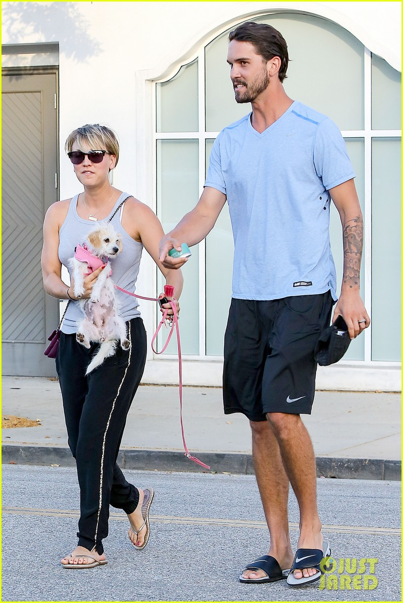 kaley cuoco ryan sweeting are home best trip ever 063153256