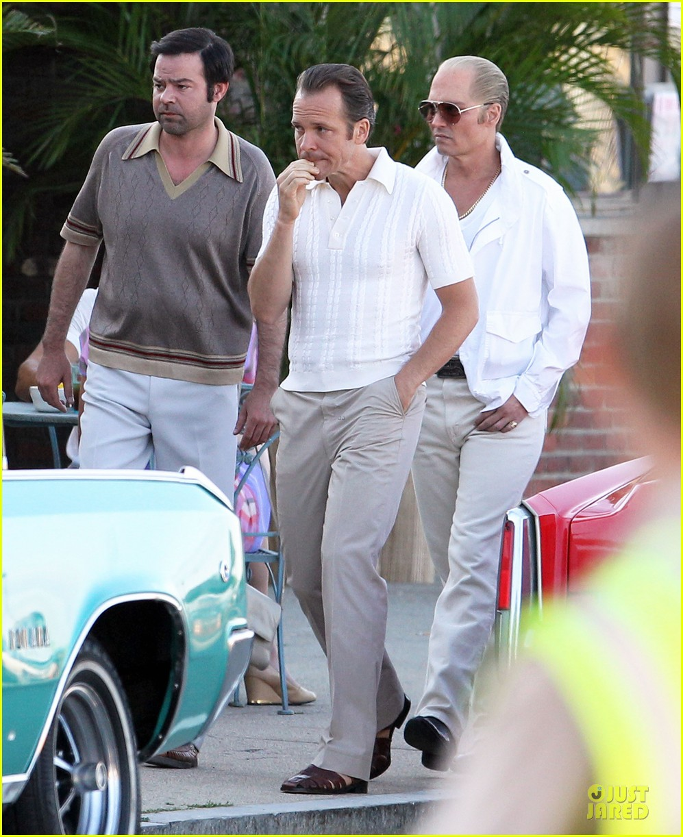 johnny depp discolored teeth for black mass 03