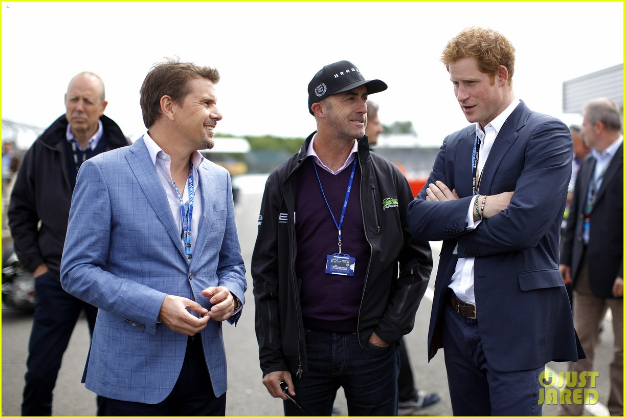 prince harry eventful sunday at the one grand prix 09