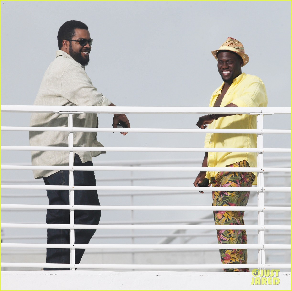 kevin hart begins filming ride along 2 with ice cube in miami 123152179