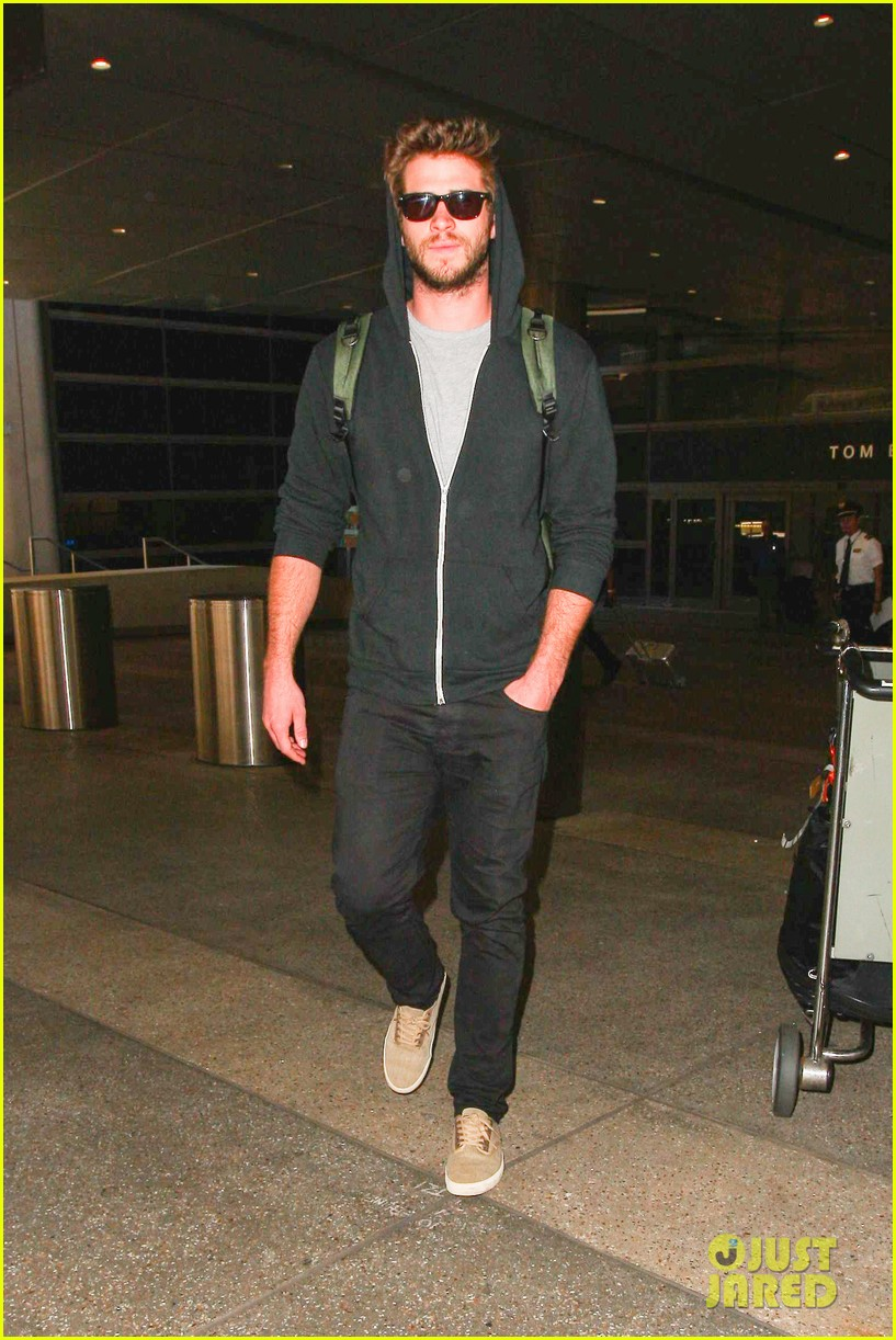 liam hemsworth talks nice miley cyrus 053153908