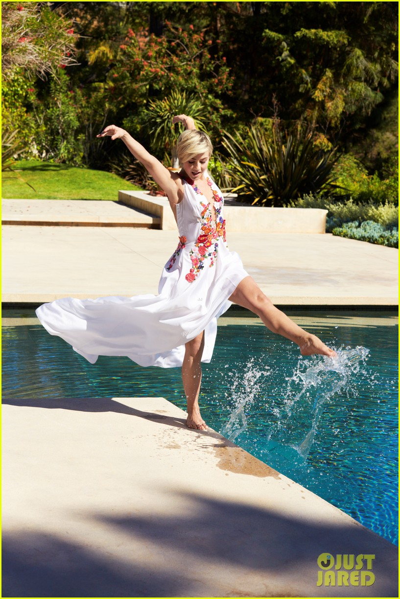 julianne hough covers redbook august 2014 05