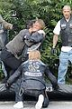 charlie hunnam gets into physical altercation for sons of anarchy 10