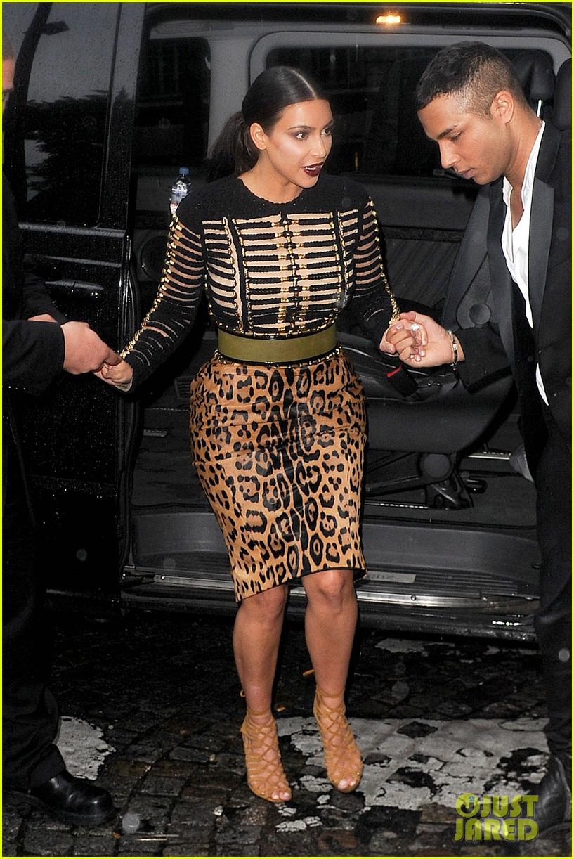 kim kardashian kendall jenner balmain paris fashion week 07