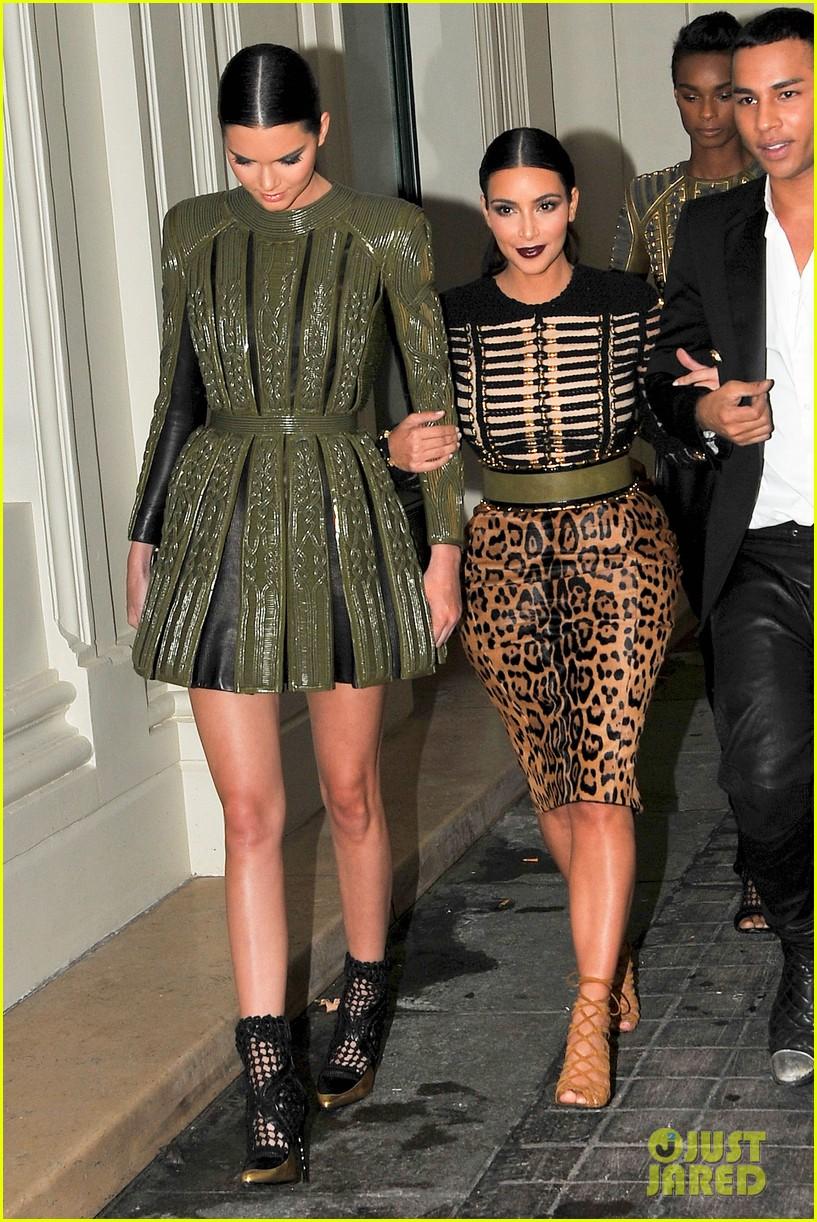 kim kardashian kendall jenner balmain paris fashion week 22