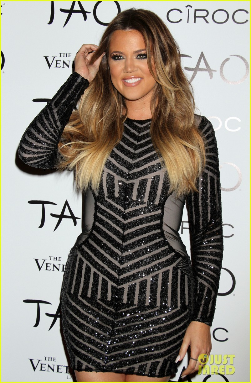 khloe kardashian french montana first red carpet 18