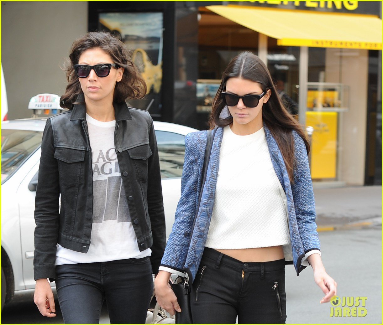 kendall jenner jets paris after hamptons getaway 133150883