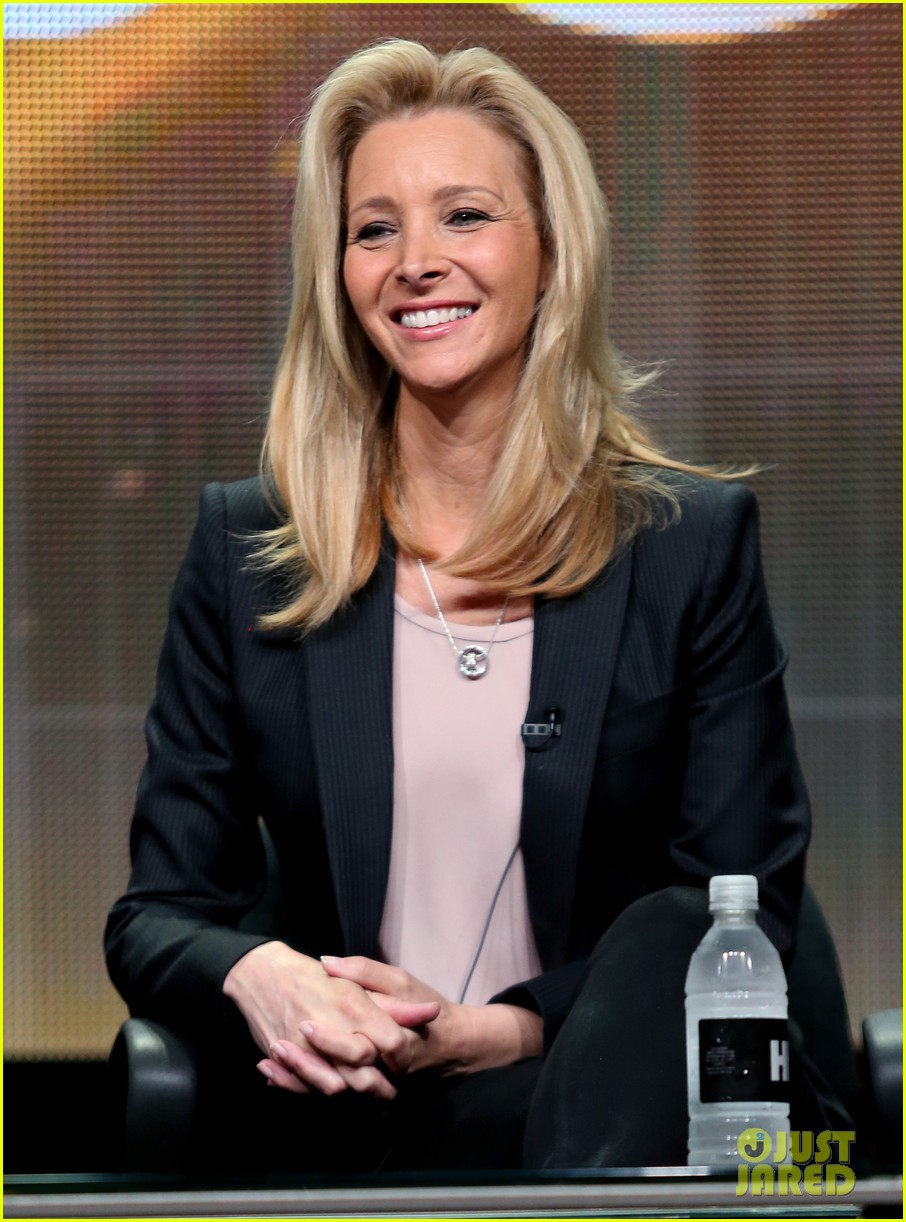lisa kudrow previews comeback season 2 01