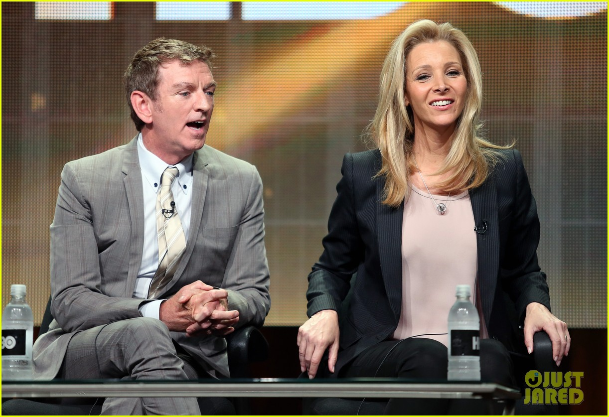 lisa kudrow previews comeback season 2 11
