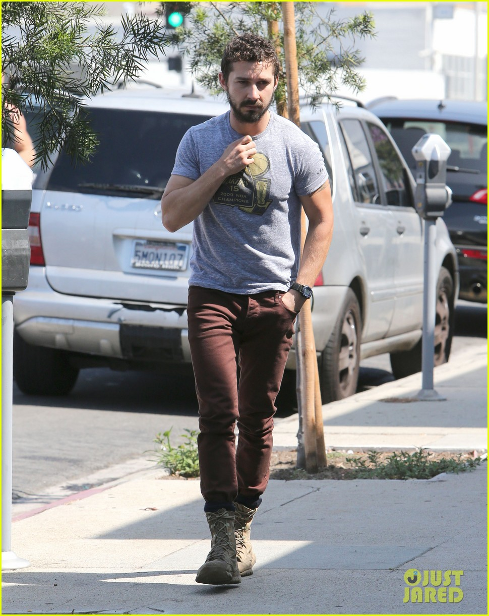 shia labeouf fourth of july working on himself 013149525