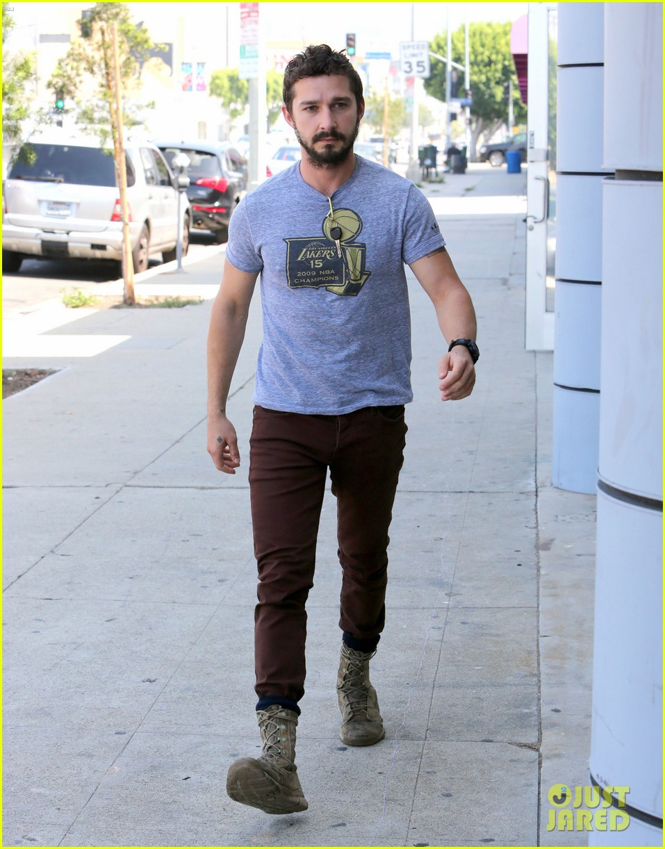 shia labeouf fourth of july working on himself 053149529