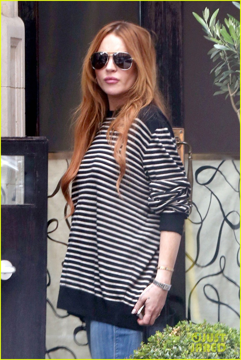 lindsay lohan is back in the states after a long stay in london 093147809