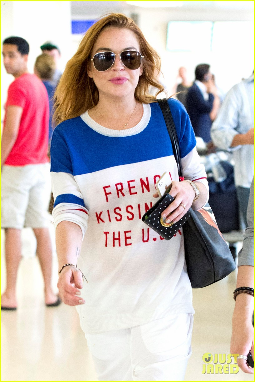 lindsay lohan is back in the states after a long stay in london 15