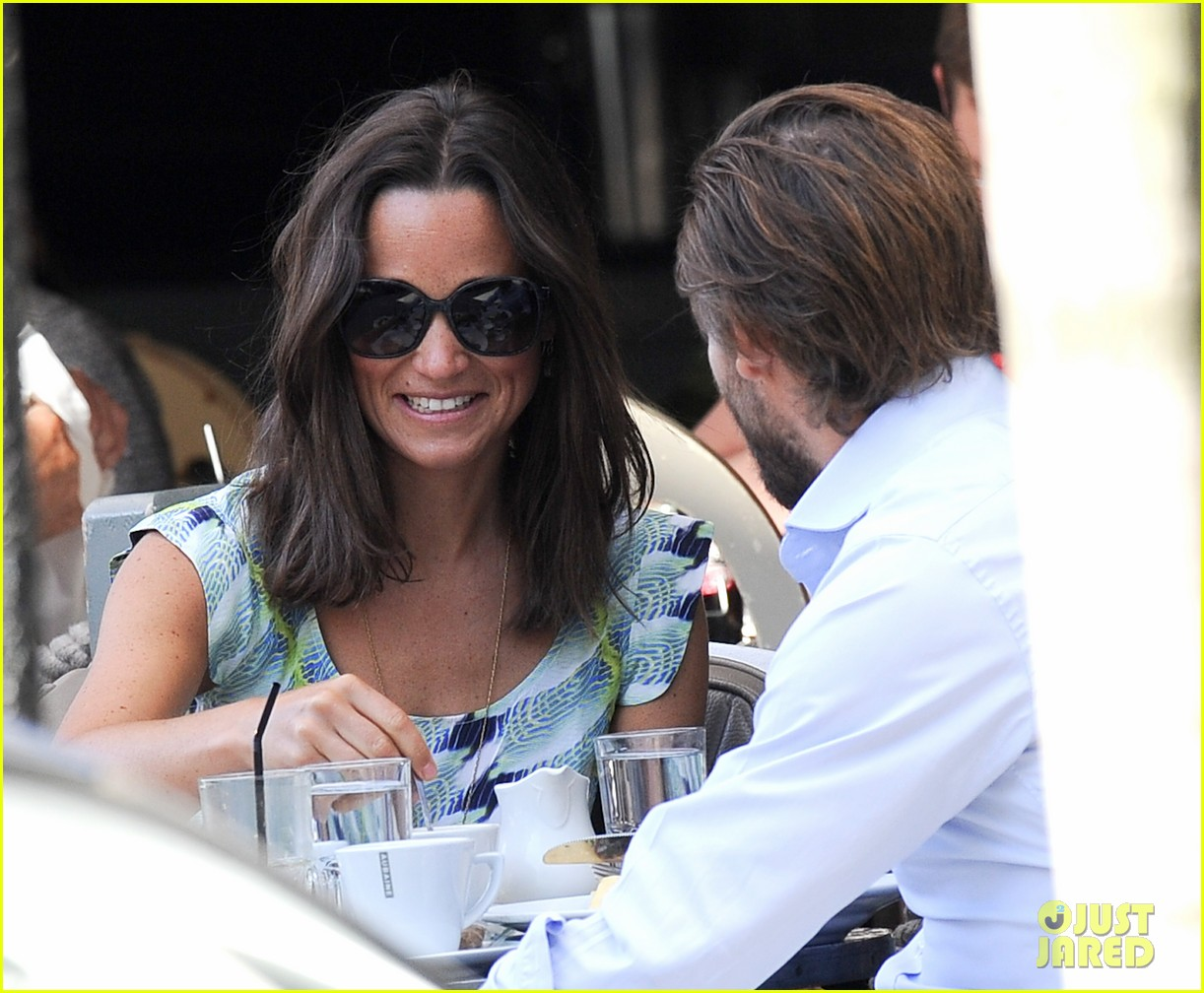 pippa middleton handsome pal make her laugh 093149165