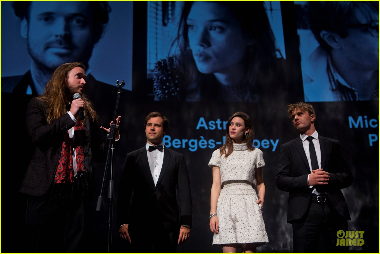 michael pitt astrid berges frisbey bring i origins to countries 05