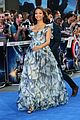 zoe saldana wears billowy dress to hide baby bump at guardians uk premiere 09