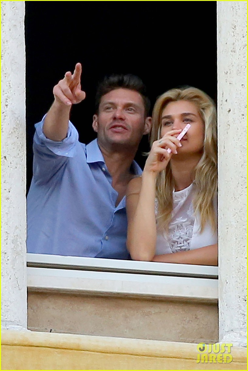 ryan seacrest cozies up to girlfriend shayna taylor 07
