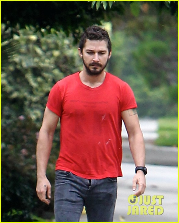 shia labeouf forgets to zip his fly 263148389