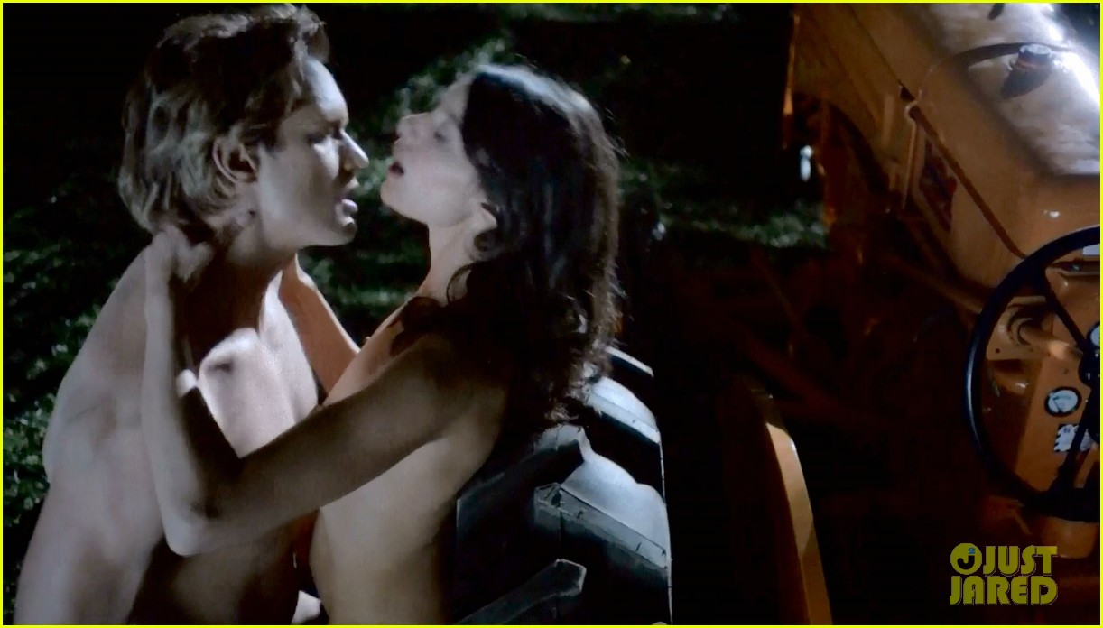 alexander skarsgard butt naked true blood 063150917