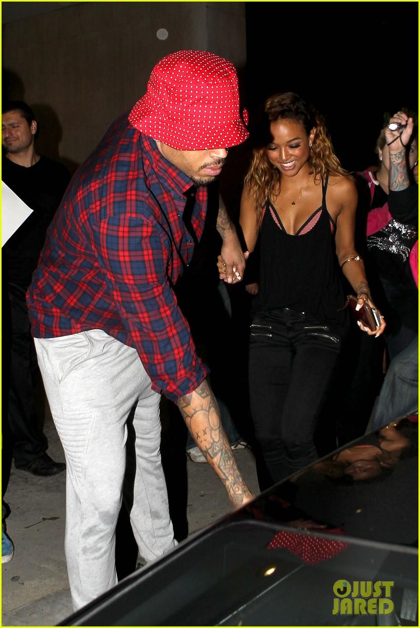 Karrueche Tran And Rihanna Physical Fight Chris Brown'...