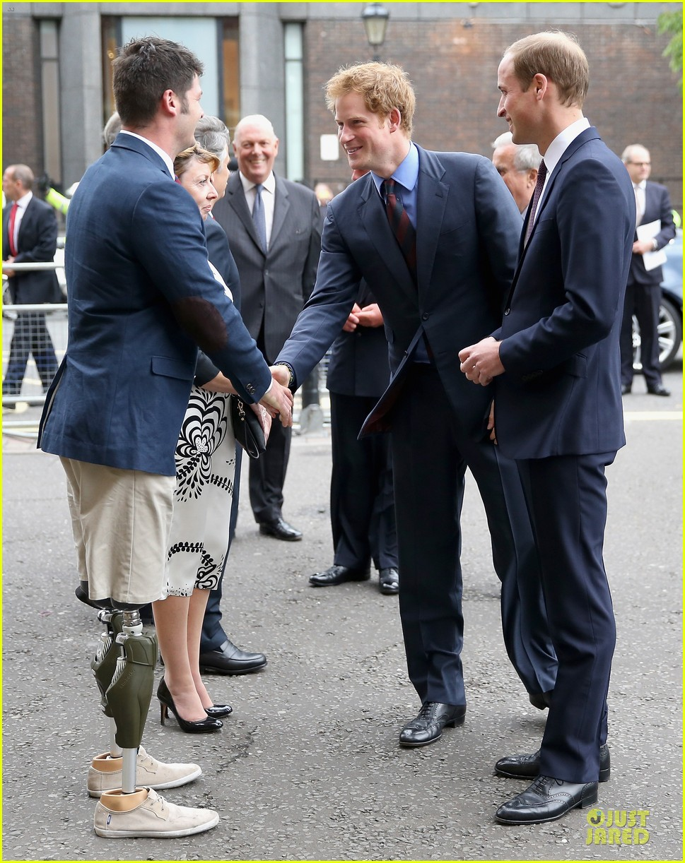 prince william harry accompany dad charles to business gala 013151990
