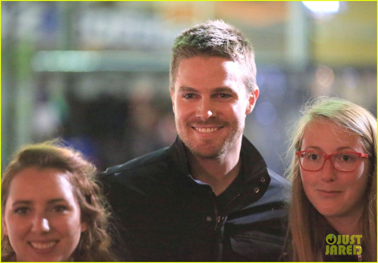stephen amell filmed an arrow scene that was two years in the making 063181009