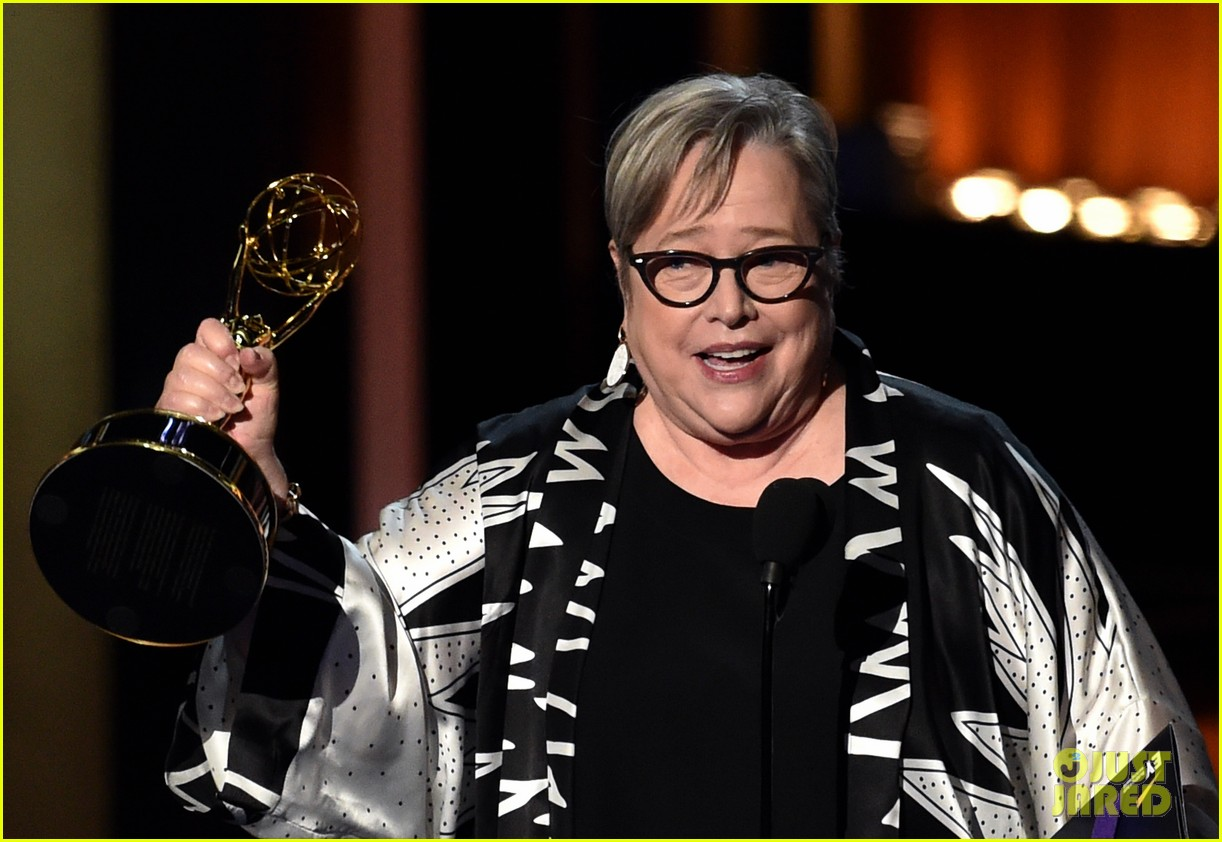 kathy bates was shocked to win emmy award 023183739