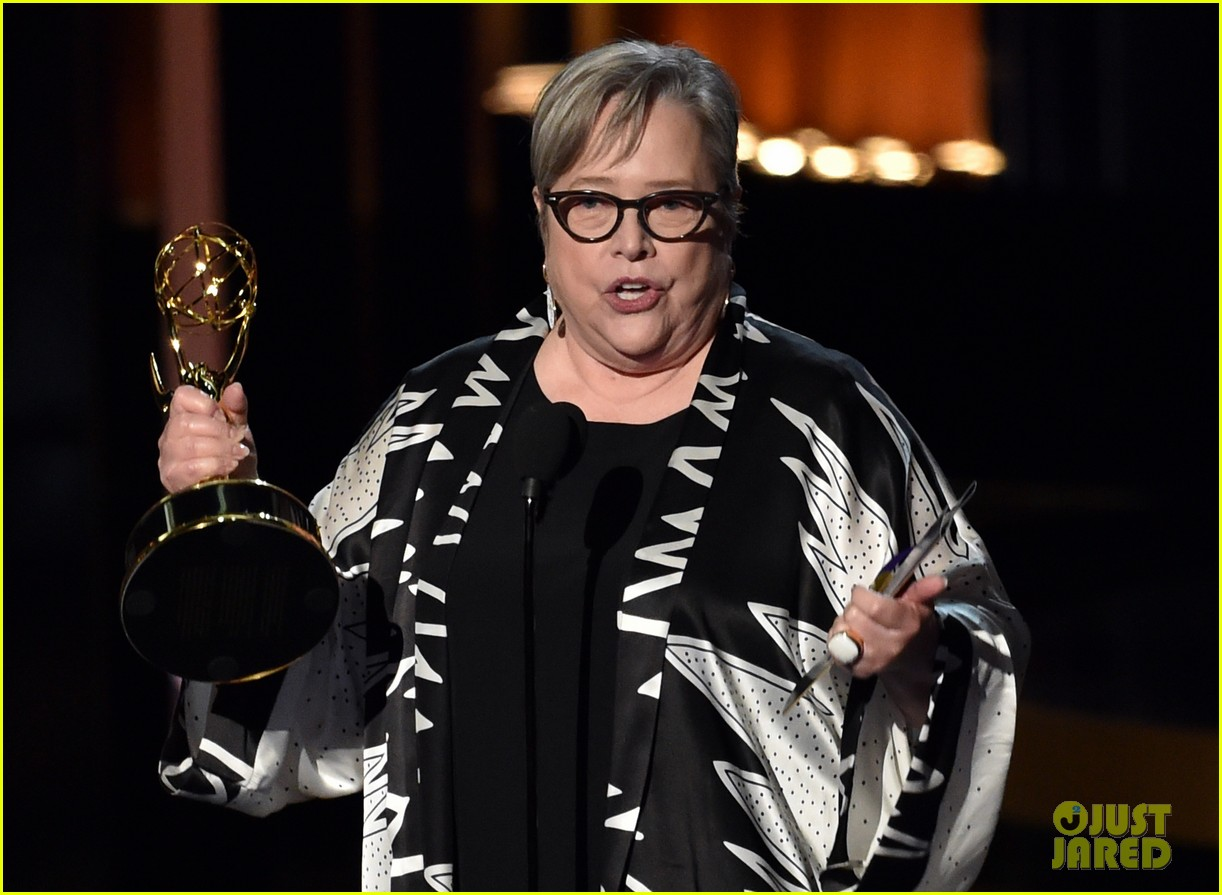 kathy bates was shocked to win emmy award 093183746