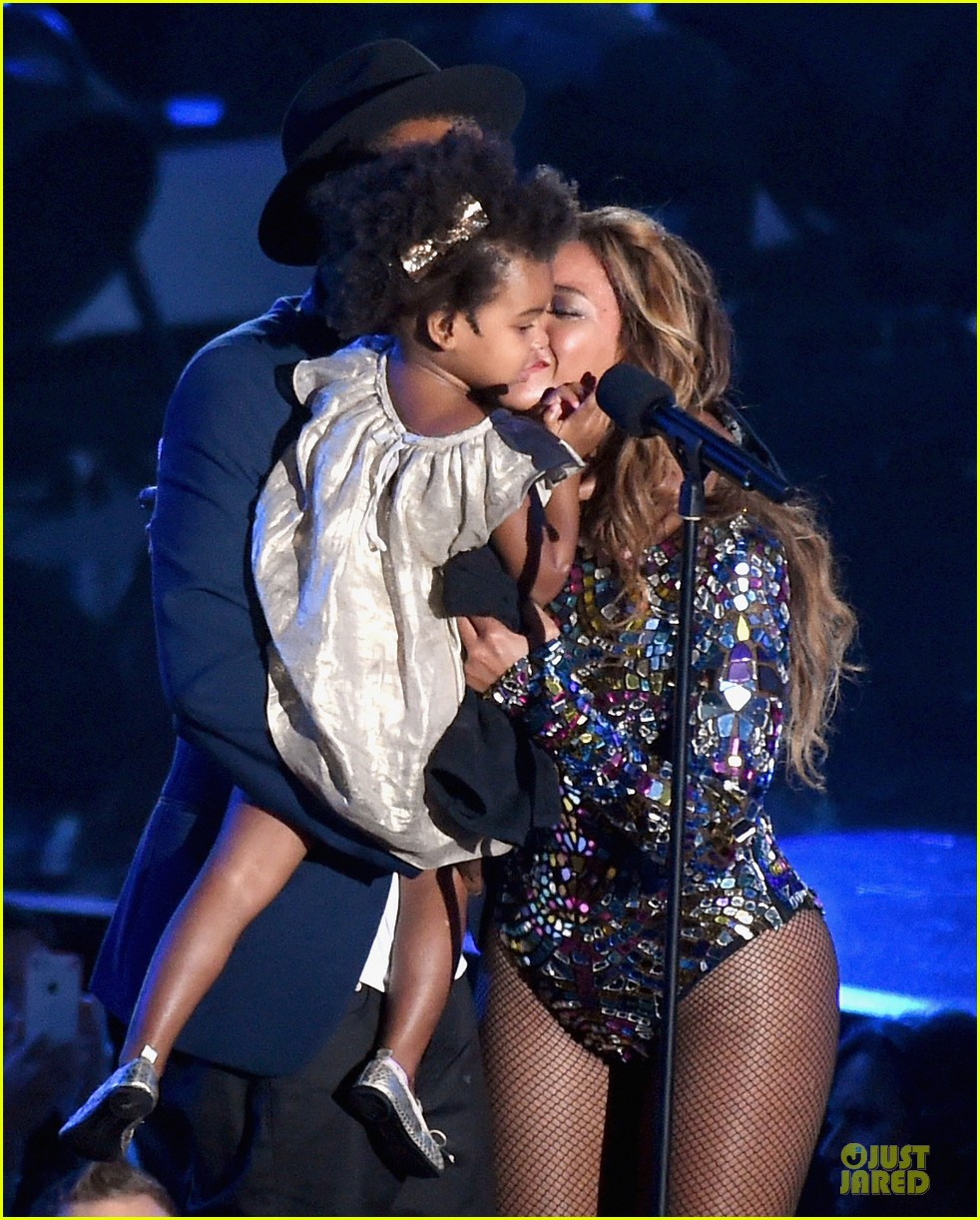 beyonce vmas 2014 performance video 103182615