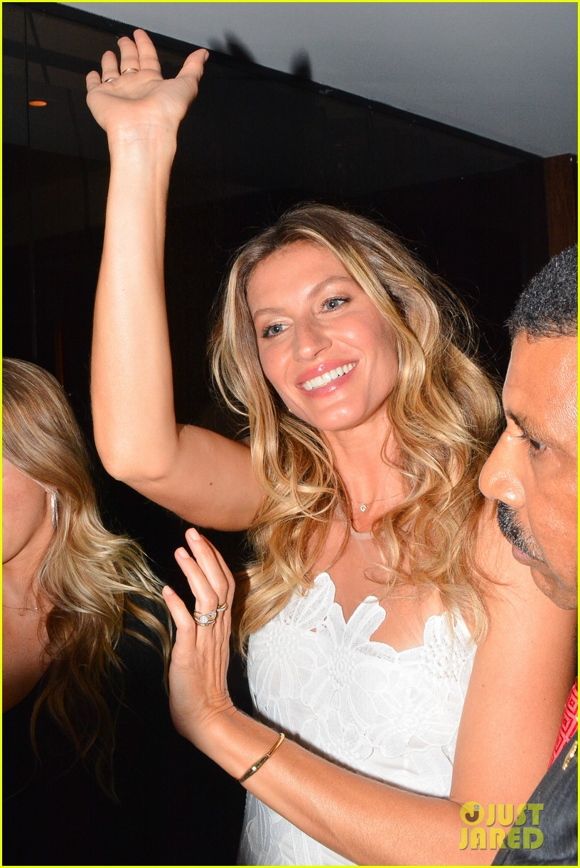 gisele bundchen launches her intimates line in brazil 11