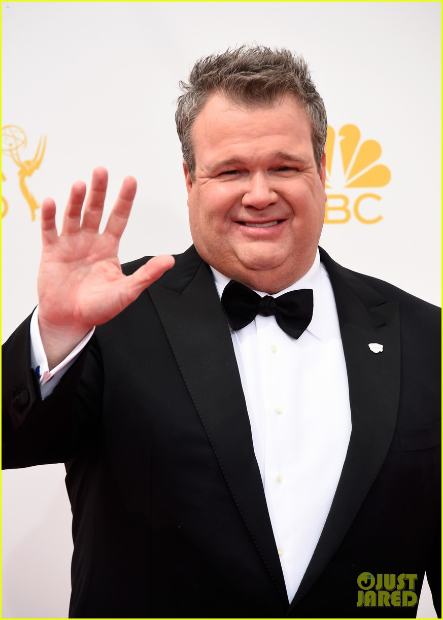 ty burrell eric stonestreet emmy red carpet 073183412