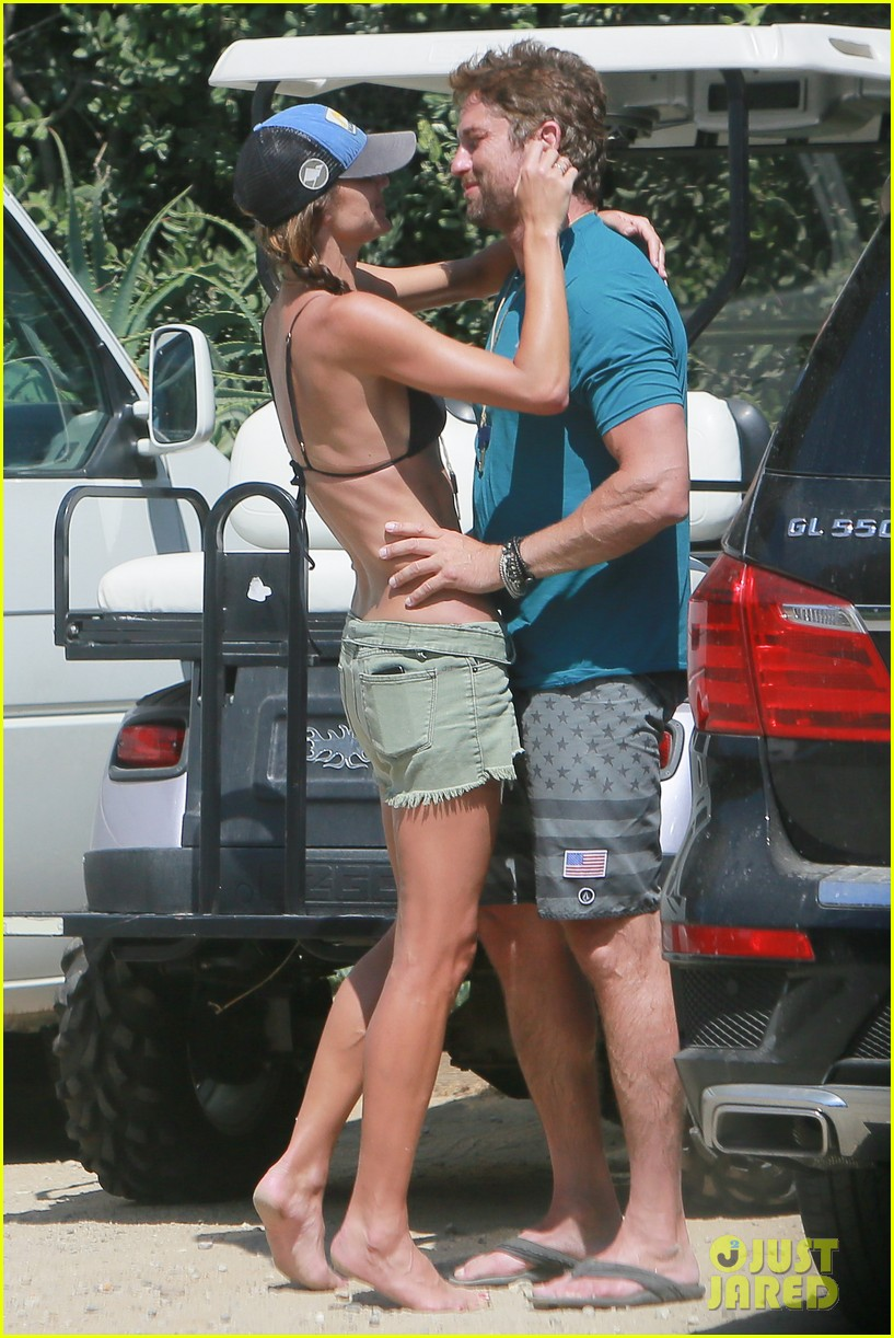 gerard butler cant keep his hands off his mystery girl 05
