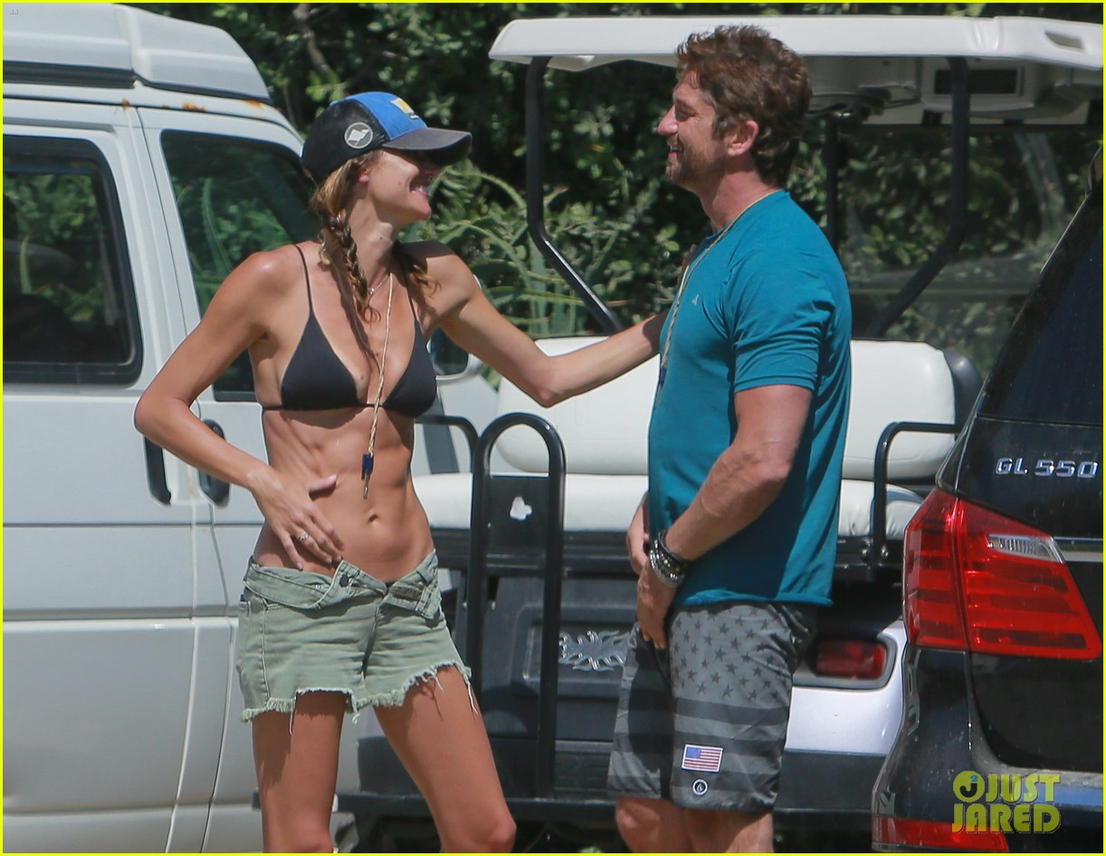 gerard butler cant keep his hands off his mystery girl 493183147