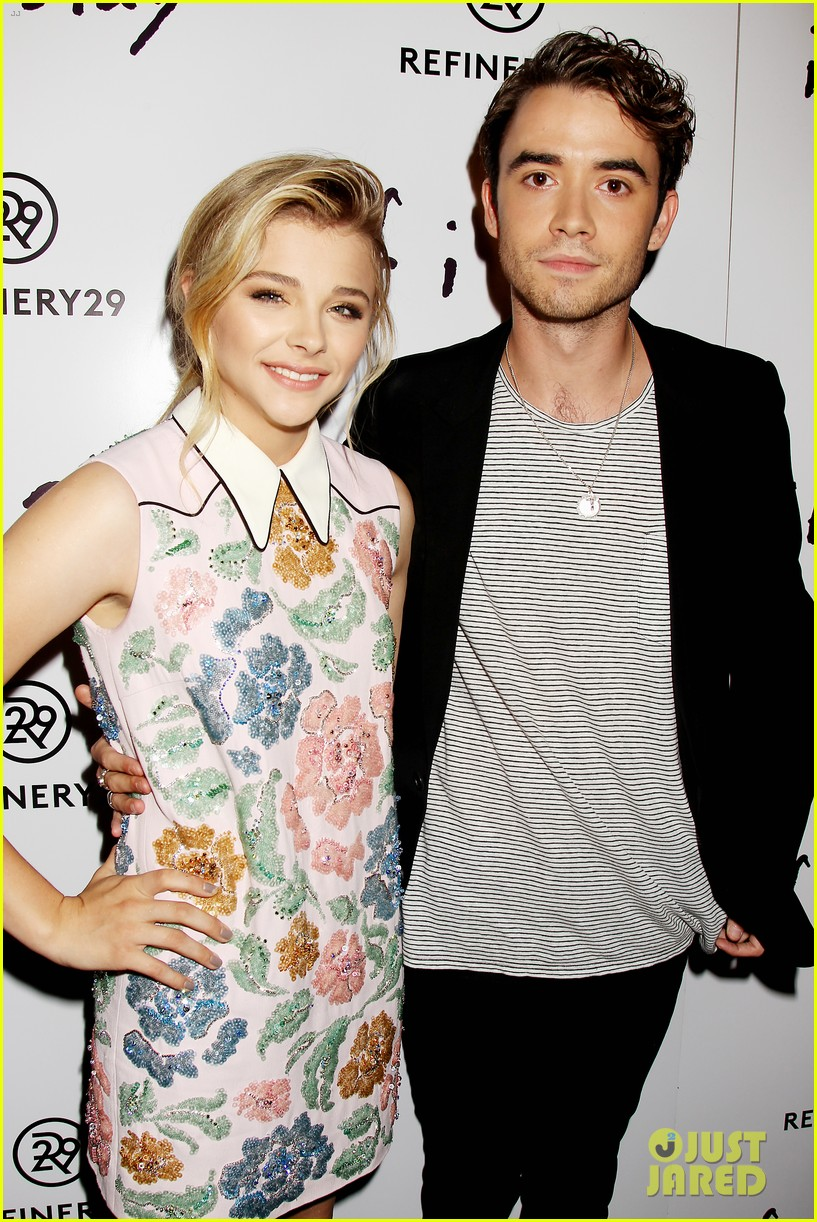 chloe moretz jamie blackley if i stay nyc premiere 03