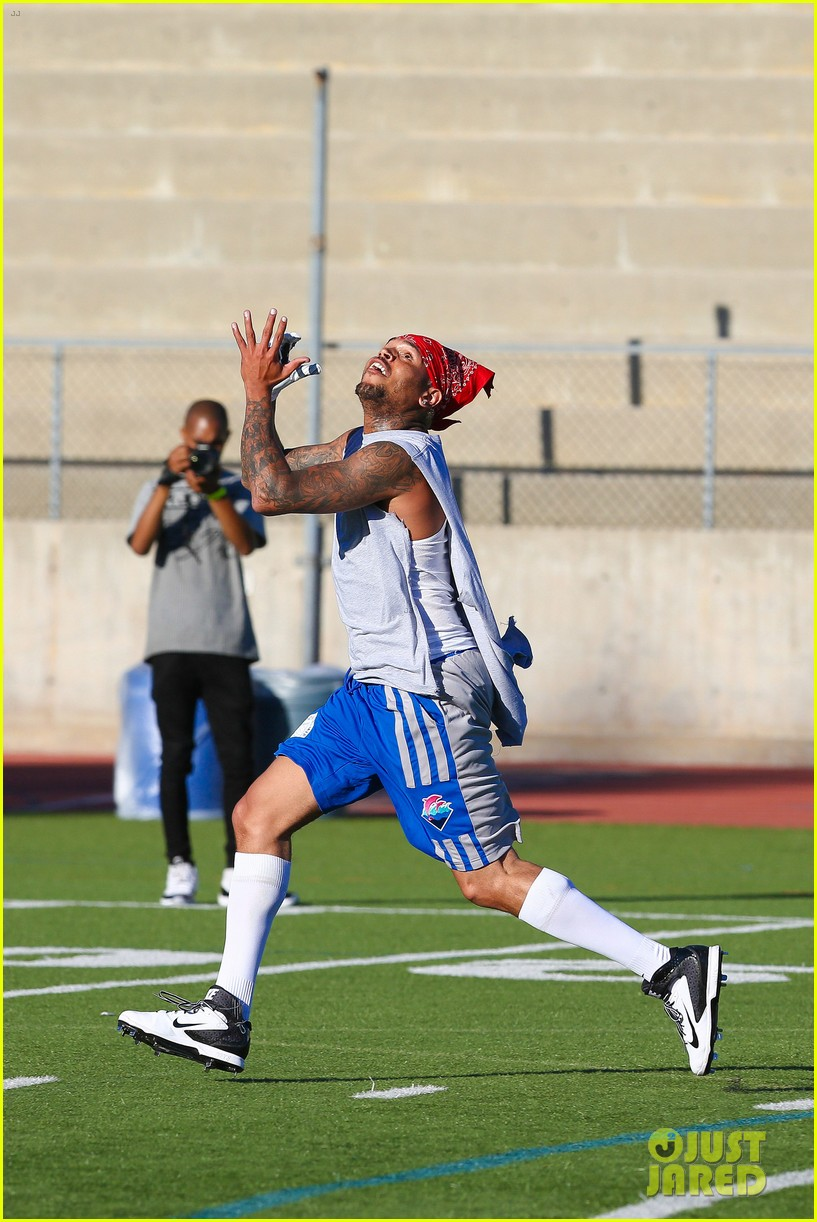 chris brown karrueche tran celebrity flag football game 13