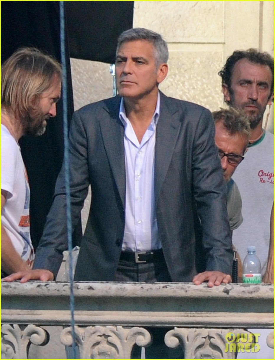 george clooney gets visit from amal alamuddin on set 19