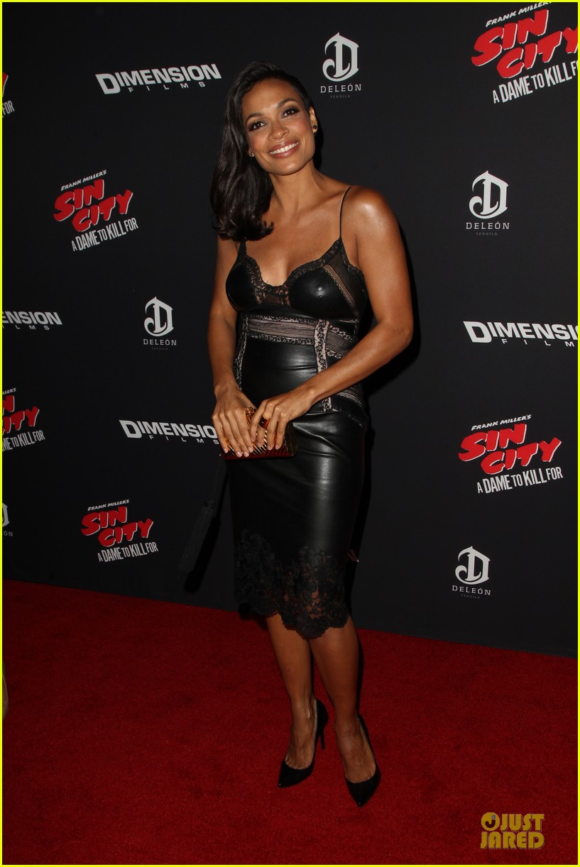 rosario dawson eva green sin city a dame to kill for premiere 17