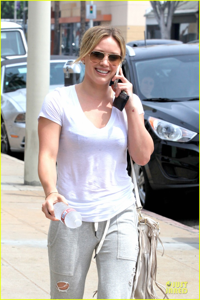 hilary duff admits being nervous on music comeback 02