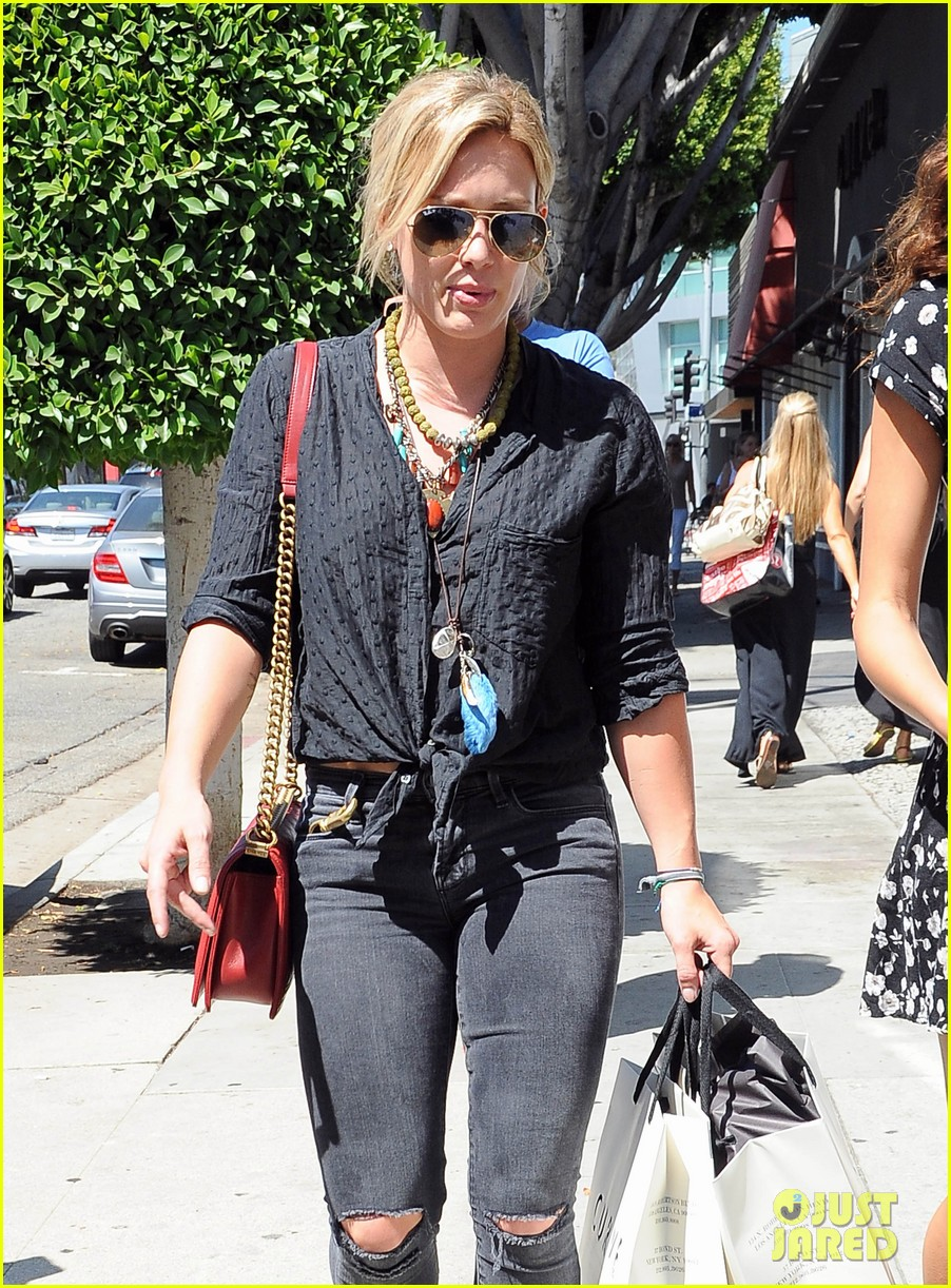 hilary duff album pushed back few months 30