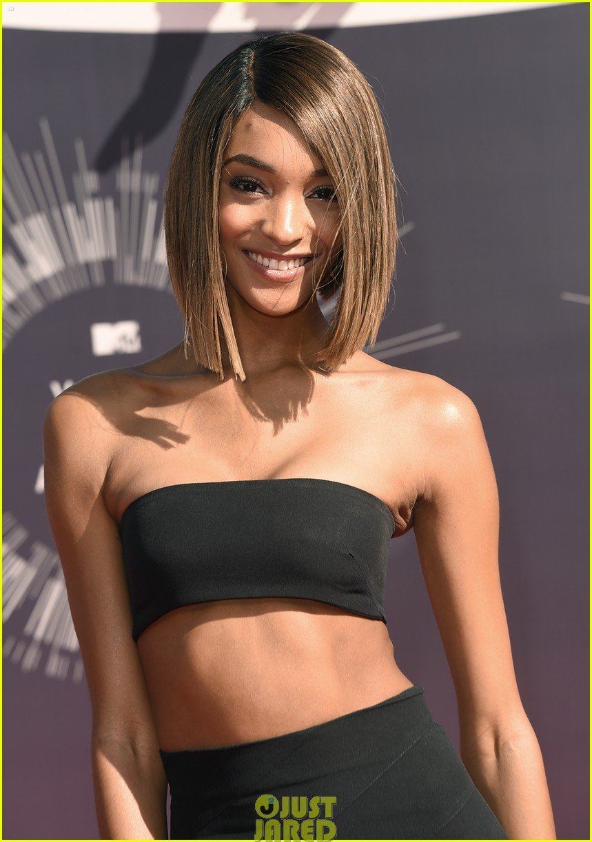 chanel iman jourdan dunn vmas mtv red carpet 03