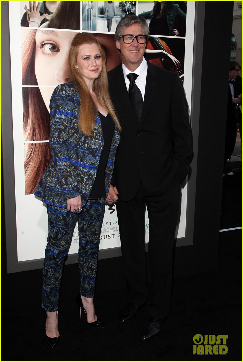 mireille enos debuts post baby body at if i stay premiere 08